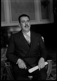 Lázaro Cárdenas en la silla presidencial