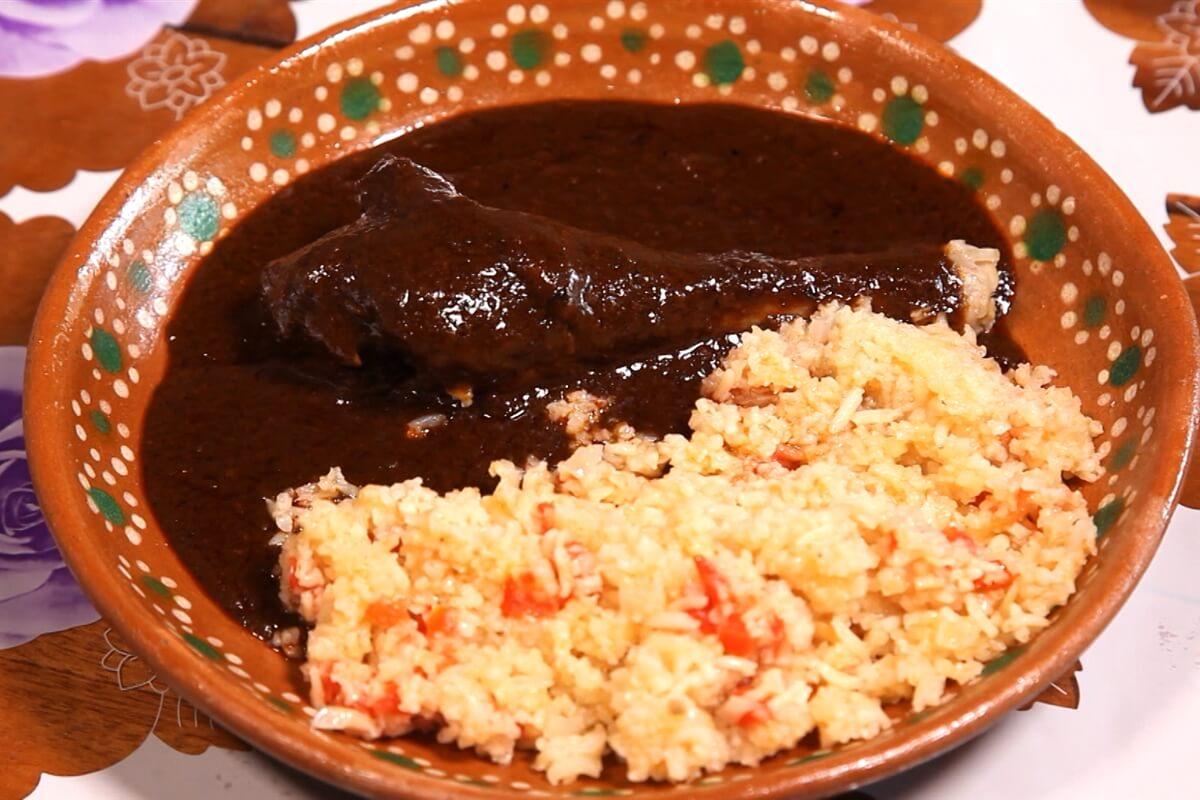 foto del platillo mexicano mole